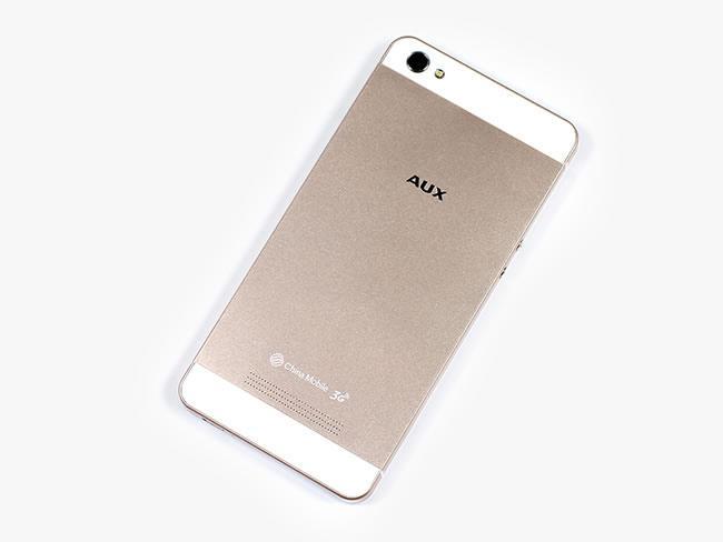 AUX I7 Air   очередная копия iPhone 5S