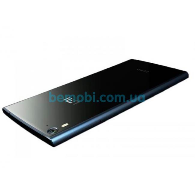 umi-zero-black-1-650x650